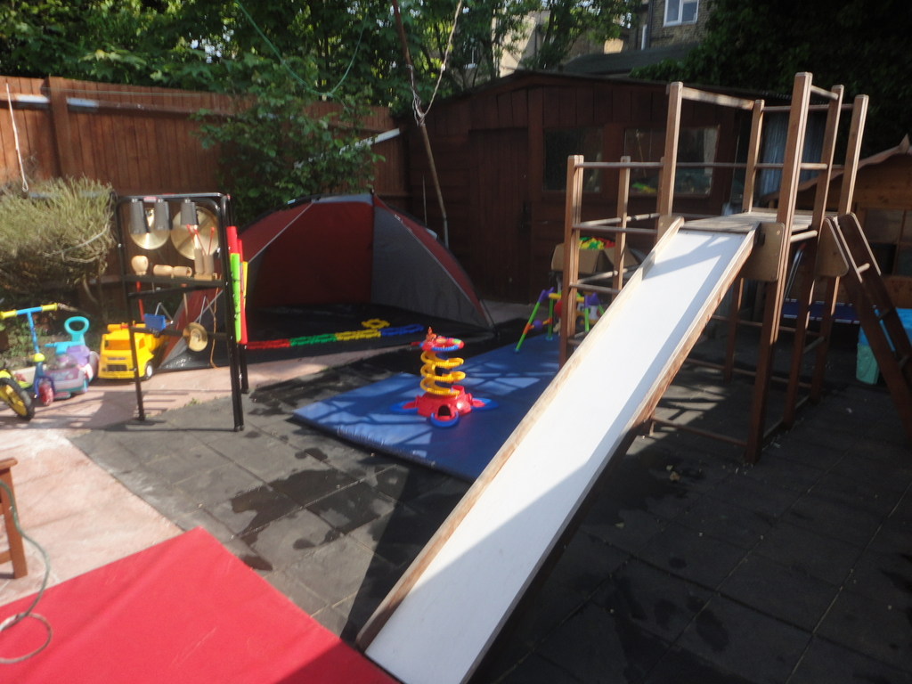 Cherry Tree Montessori Nursery - East Dulwich