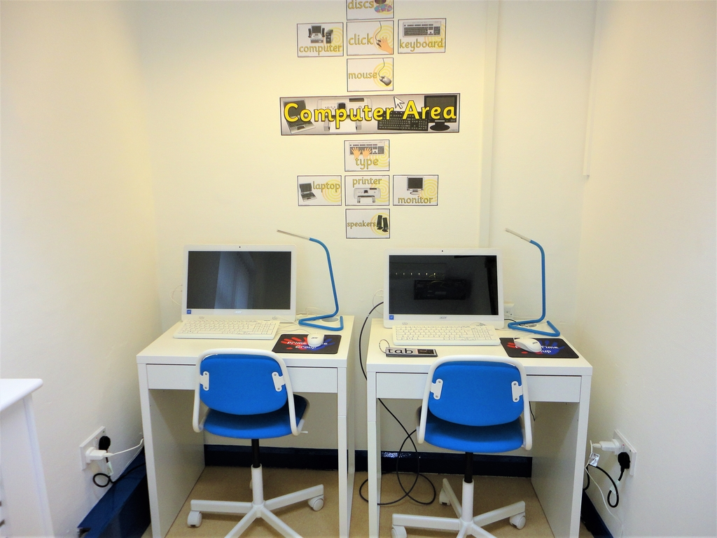 3-5's Computer Area